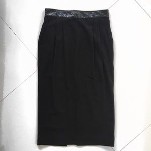 AUTHENTIC D&G MIDI SKIRT WITH PATENT WAIST DETAIL